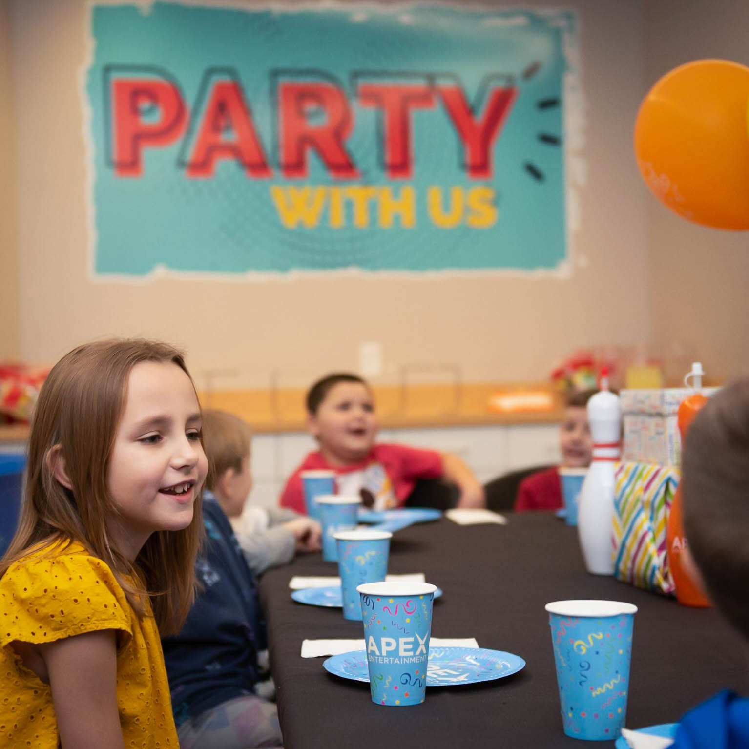 APEX kid party stock